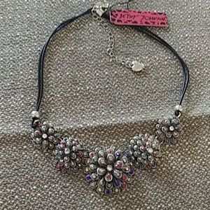 Stunning multicolored stone necklace NWT